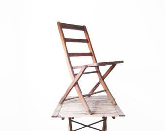Vintage Wood Folding Chair - Antique Wooden Jackson Folding Chair - Lawn or Porch Chair - Rustic Camping Cabin Decor - Lawn Party Seating