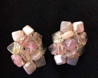 Vintage 1950s Pink Lucite Cluster Bead Earrings 50s Clip On Pink Opaque and Transparent Geometric Squares and Circles Round Mid Century