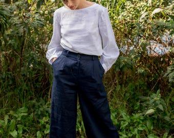 Apple Picking Wide-Leg Linen Pants in Navy