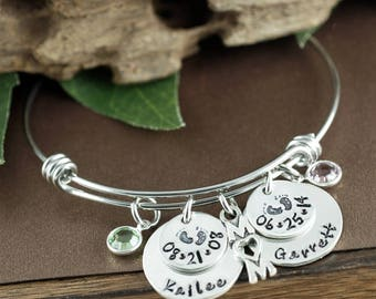 Personalized Name Bracelet, New Mom Bracelet, Baby Name Bracelet, Baby Feet Jewelry, Personalized Jewelry, Mother's Bracelet, Gift for mom