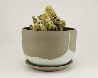 Plant pot - ceramic planter - ceramic plant pot - plant pot cover - stoneware plant pot - plant holder