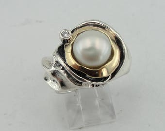 Pearl 925 silver ring, Silver and Gold ring, White Pearl Ring, Yellow gold Pearl Ring, ring size 7, Fine ring, White Pearl Ring (ms 344r)