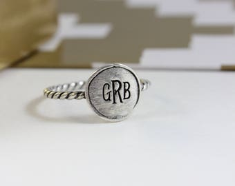 Monogram Ring, Silver jewelry, gift for bride, Twisted Band Monogrammed Initial Ring, Couples Ring, Anniversary Gift, Wedding, Wife Jewelry