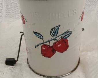 Vintage Retro Leigh Bromwell's 3 Cup Tin Flour Sifter White Red Apple