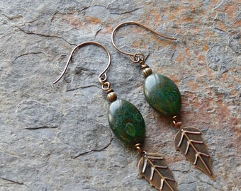 Green picasso glass and brass leaf earrings - boho dangle earrings - statement earrings - bohemian jewelry - inspired by nature - boho style