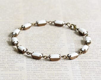 Chalk White Rhinestone Linked Bracelet in Antiqued Brass (Vintage Glass Stones)