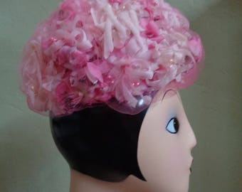 Vintage 50's Richard Originals (Union Made U.S.A.) Floral Hat Varied Pink Silky Flowers En Masse Covered Pink Tulle Inside Circumference 21""