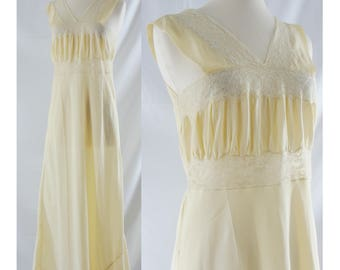 Vintage Fifties Lingerie - 1950s Yellow Nylon Night Gown - 50s Colleen Full Length Slip - Small / Medium