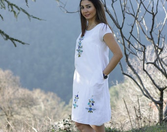Hand embroidered dress, White hippie dress, Floral midi dress, Hippie boho dress, Clothes hippie boho, White dress, Mexican dress