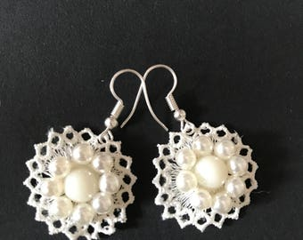 Ivory lace bridal earrings with pearls,Handmade lace bridal earrings, Bridal dangle earrings, Lace jewelry, Bridesmaids gifts