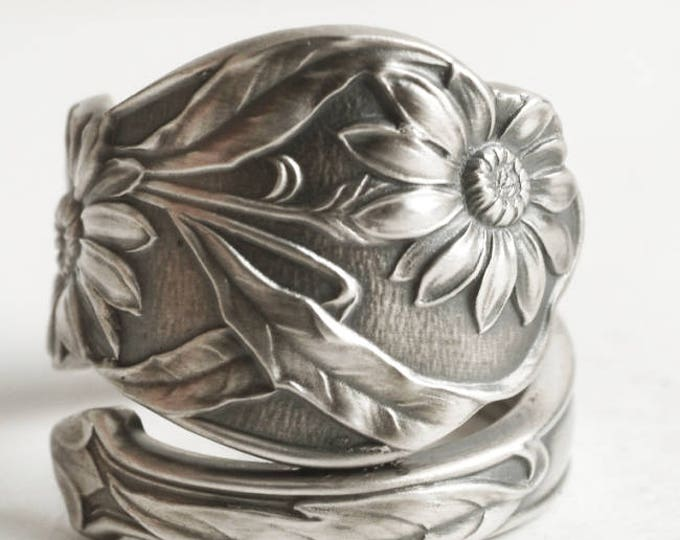 Daisy Ring, Daisy and Aster, Spoon Ring Sterling Silver, Daisy Flower, Botanical Jewelry, Gorham Aster Handmade, Adjustable Ring Size (6617)