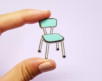 Enamel pin vintage Formica chair