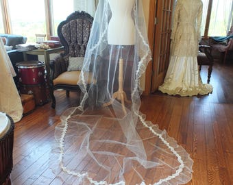 Ruffled wedding veil