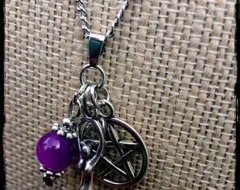 Goddess charm necklace : witch, witchcraft, wicca, wiccan, pagan, amulet, talisman