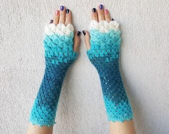 Fingerless gloves Crochet winter gloves Texting gloves Lace womens gloves Scaled Fingerless mittens Wrist warmers
