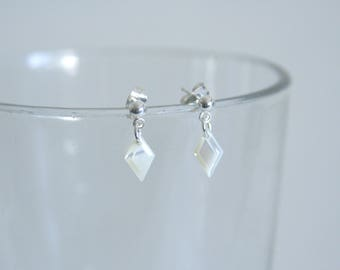Diamond shaped earrings Mother of Pearl drop dangles - Made with small buttons