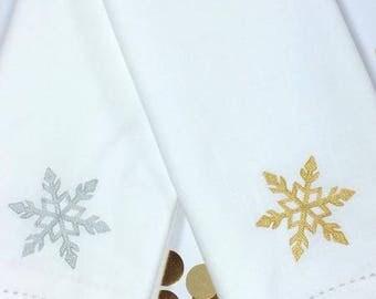 Christmas Snowflake Cloth Napkins, christmas napkins, christmas cloth napkins, snowflake napkins, snowflake cloth napkins