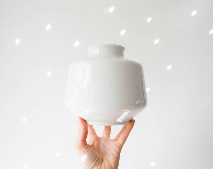 Mid Century Matte White Porcelain Vase // Heinrich West Germany // Scandinavian Modernist // Hygge