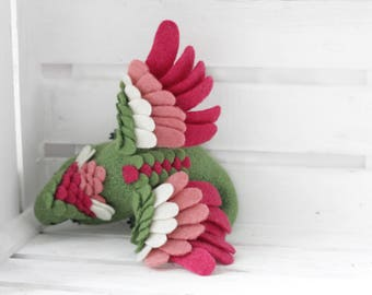 Sleeping flower dragon girl, Fantasy dragon figurine, Needle felted dragon toy