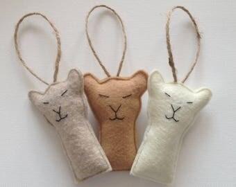 Set of 3 llama ornaments/ llamas/ christmas llamas/ felt llamas