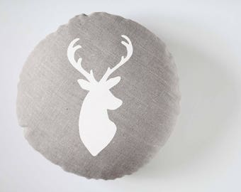 coussin rond cerf