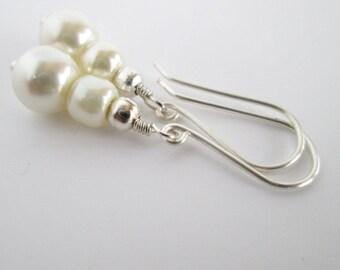 Ivory Pearl Earrings, Bridal Earrings, Wedding Earrings, Drop Pearl Bridal Earrings, Ivory Wedding, Mother of the Bride Gift, Bridal Earring