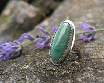 Natural Nevada Turquoise Sterling Silver Ring. Long Oval Green Turquoise Stone. Ornate Floral Textured Band. US Ring 6.25
