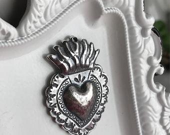 Sacred heart pendant etsy small sacred heart pendant charm silver plated milagro ex voto flaming catholic religious jewelry supply aloadofball Images