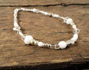 White anklet, beaded anklet, ankle bracelet, white ankle bracelet, gift for her, boho jewelry, beach jewelry, beach anklet, anklet