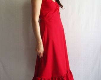 Red ruffle dress, long, romantic