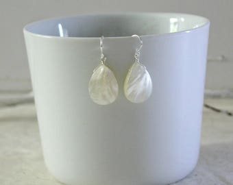 Mother of Pearl Teardrop Earrings - White Abalone Drop Dangle Earrings - Summer Accessory - Gift for Her - Gifts Under 40 - Summer Earrings