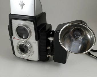 Kodak Brownie Starflex outfit. Includes camera, flash and original sales box