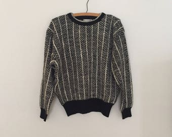 Black and White Pullover Sweater - Late 1980s