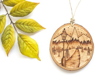 "Personalized Lamppost Mountain Scene Wood Slice Ornament - MEDIUM 2.75"", Mountain Ornament, Wood-Burned Ornament, Customized Wood Ornament"