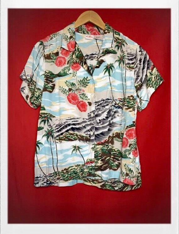 Vintage Women's Ocean Pacific Hawaiian Shirt Size Small