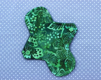"7"" liner, cotton woven, cloth menstrual pad"