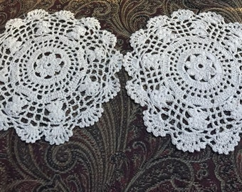 "2 Hand Crocheted 7 1/2"" Flower Doily Off White"