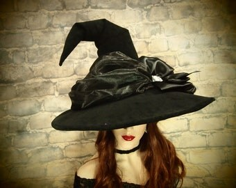"""Witch Hat """"Cameo Appearance"""""""