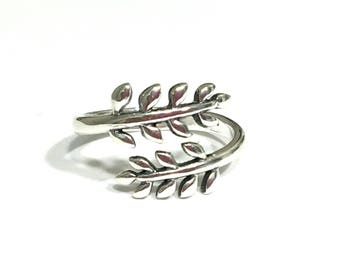 Sterling Silver Open Olive Leaf Ring - Adjustable Size US 5-10 - Apple leaves, tree branches, bridal wedding ring