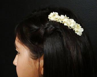 Cream Flower Hair Comb - Fae Flower comb - Flower Hair Piece