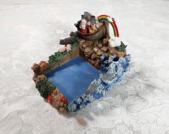 Vintage Noah's Ark Resin Bookend, Tray or Picture Frame, Noah's Ark, noah's ark tray, child room decor, nursery decor