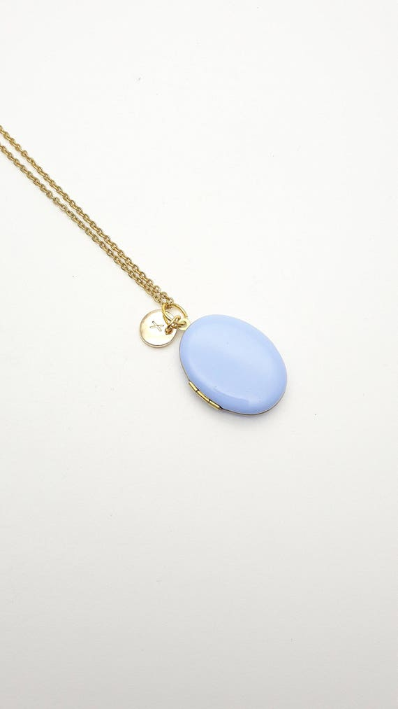 Personalized Pastel Lavender Blue Enamel Oval Photo Locket Necklace gold surgical steel chain//Custom Monogram Initial Locket hypoallergenic