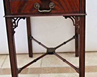 Antique Victorian Mahogany Butlers Parlor side Table with Drawer Insured Nationwide shipping available please call for best rate