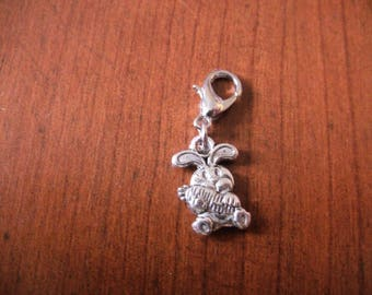 Bunny with carrot silver snap charm charms