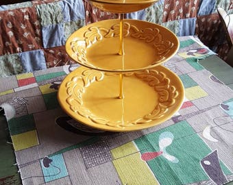 Vintage Three Tier Cake Stand Tidbit Tray California USA Pottery #673 Gold Mustard Plates  D235J