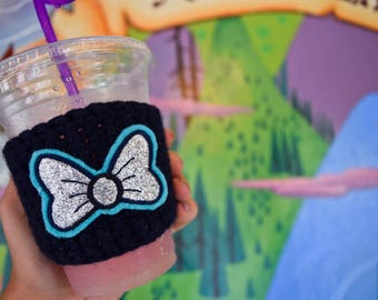 Minnie Mouse Lilly Pulitzer Bow Crochet Coffee Cup Coozies in Stitch Navy