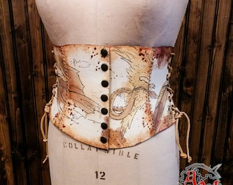 Large short belt - Fantastic Bestiary - Manuscript Collection