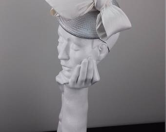 Elegant silver mini hat headpiece suitable for Ascot, Dubai World Cup, The Curragh, Cheltenham Races,Melbourne Cup, wedding guest