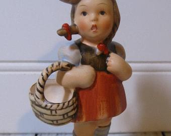 "Berta Hummel Reproduction 1984 ""Sweetheart"" Statuette Schmid"