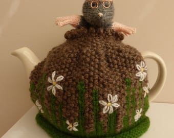 Knitted tea cosy. A mole in a hole tea cozie.  Hand knitted to fit a 2 pint tea pot. Novelty tea cosy. Gift idea. Mole tea cosy. 3D
